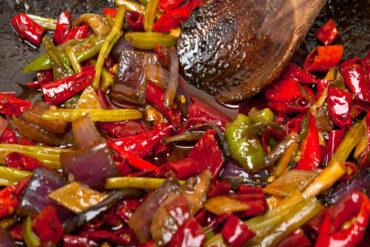 Leckere gebratene Paprika und anderes Gemüse aus Uelzen.