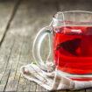 Eine leckere Früchteteemischung in Uelzen trinken.