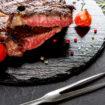 Einen leckeren Steakteller in Uelzen essen.