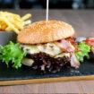 Einen leckeren Texas Burger in Uelzen genießen.
